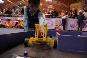 آموزش رباتیک به کودکان